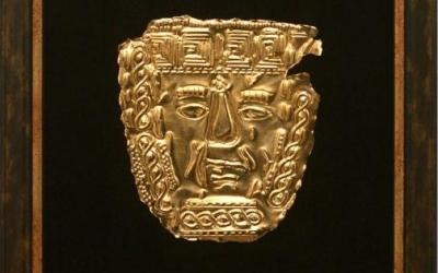 thumbs_thumbs_golden-ritual-mask.jpg